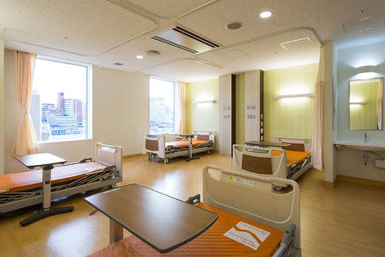 日本医科大学付属病院病室